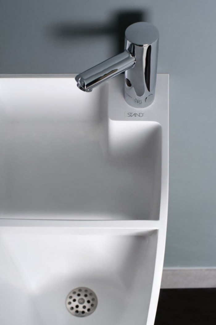 Stand Urinal with Built In Sinks1