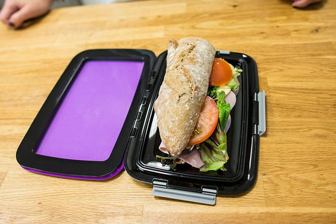 Foodskin-Flexible-Lunchbox_1