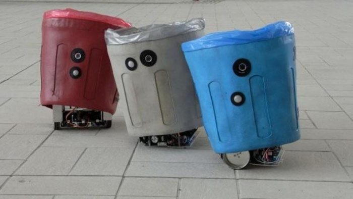 Social Trash Cans