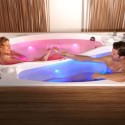 Yin-Yang Bathtub for Couples Makes Baths Harmonious