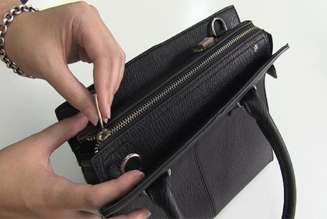 ibag-smart-purse-prevents-spending