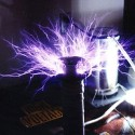 Foot-Tall 50,000 Volt Tesla Coil For You Mad Scientists Out There