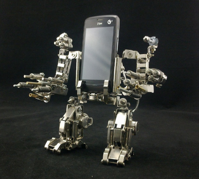 Mecha Smartphone Holder