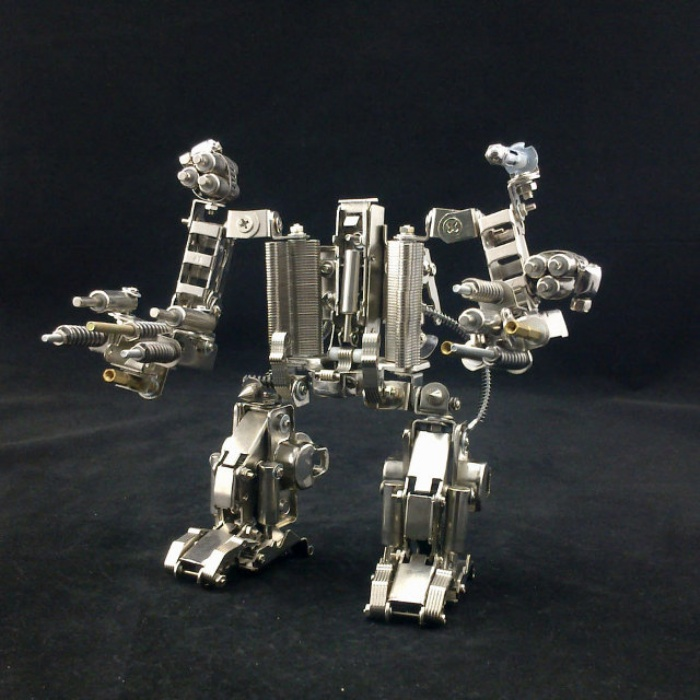 Mecha Smartphone Holder1