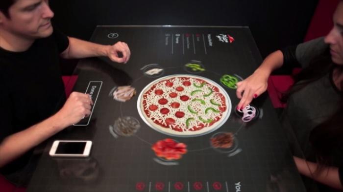 Pizza Hut Concept Table