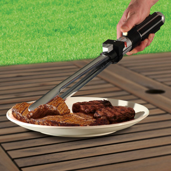 lightsaber-bbq-tongs