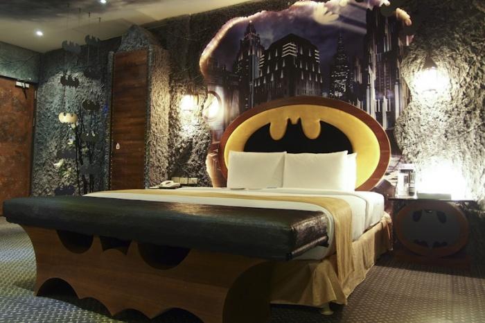 Batman Hotel1