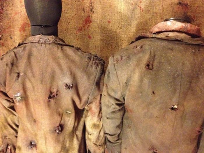 Living Dead Costume1