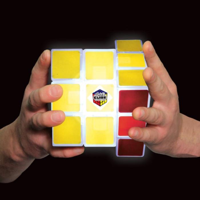 Rubik's Cube Desk Light1