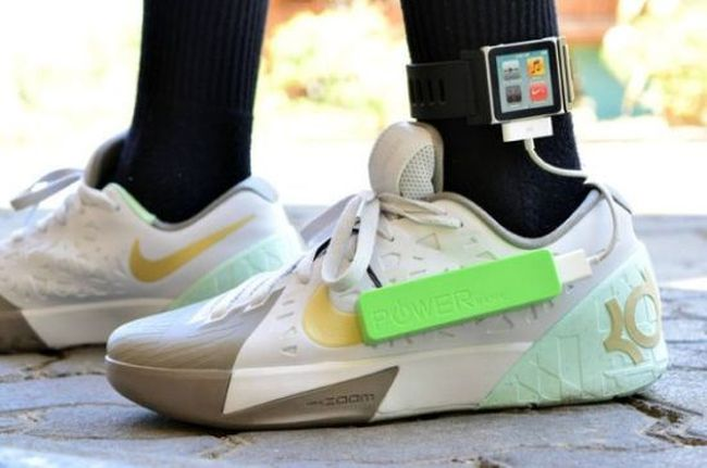 Mobile-device-charging-shoe-by-Angelo-Casimiro