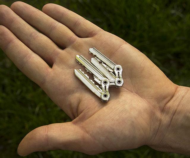 tik-ultra-thin-keychain-12899