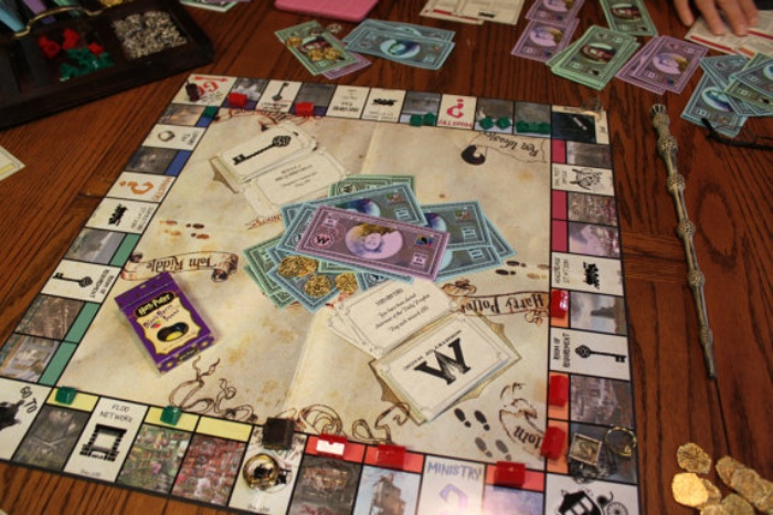 Harry Potter Monopoly1