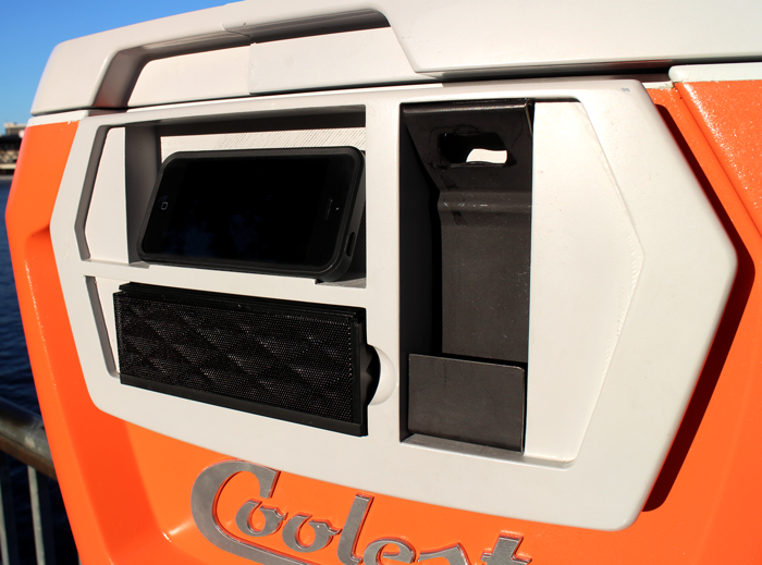 Coolest Cooler Is The Swiss-Army Knife Of Coolers | OhGizmo!