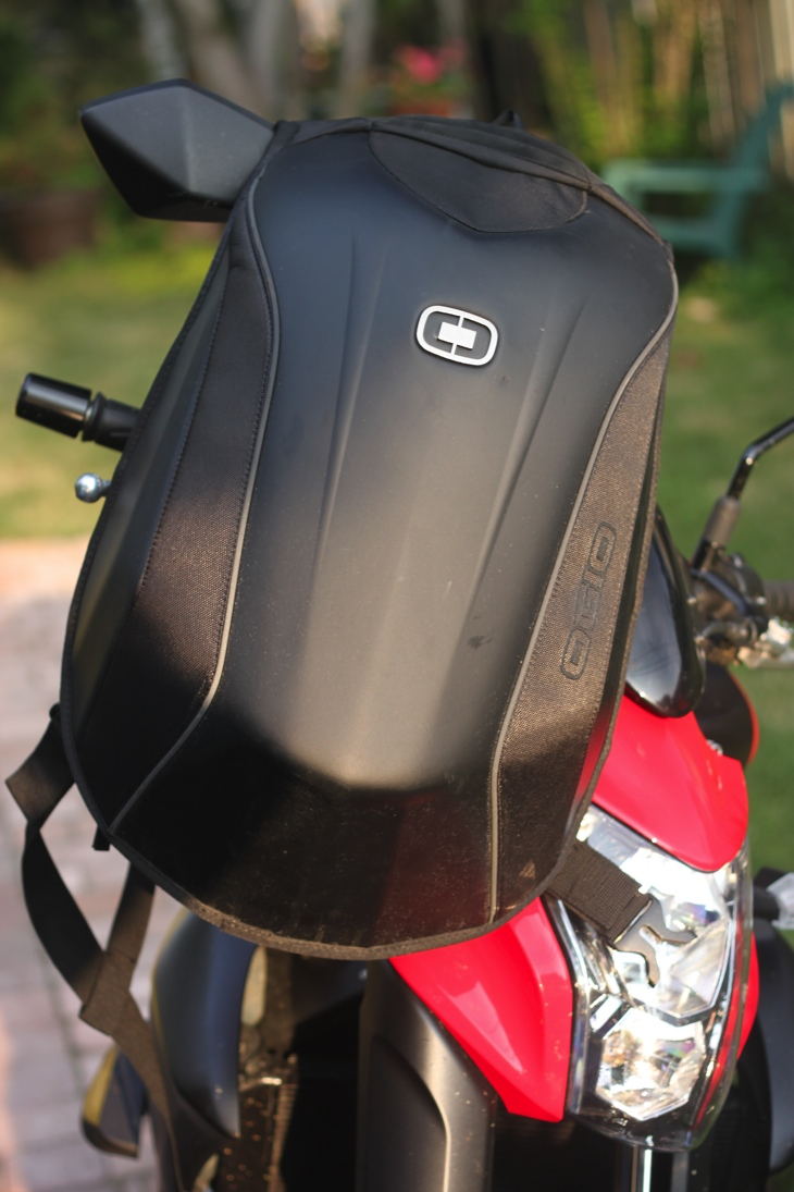 OhGizmo! Review: The OGIO No Drag Mach 3 Motorcycling Backpack ...