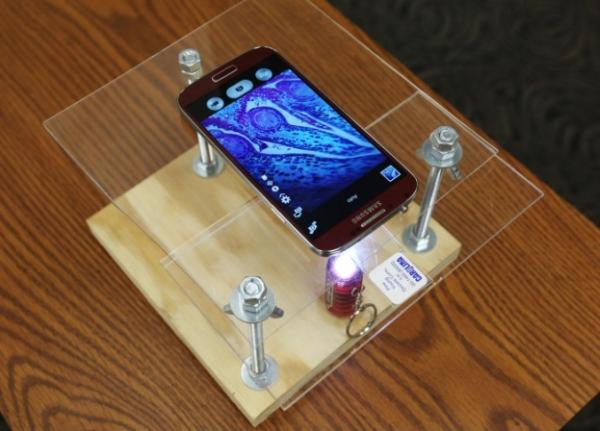 $10 DIY smartphone_microscope