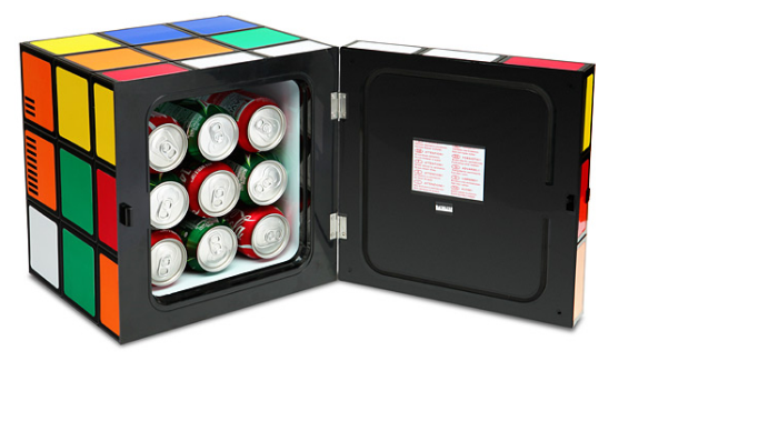 Rubik's Cube Mini Fridge1