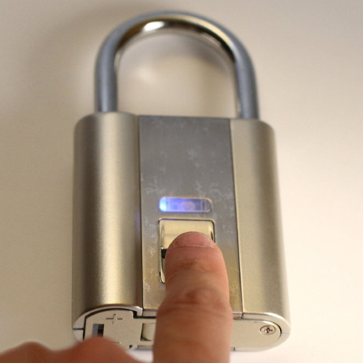 ifingerlock-biometric-fingerprint-padlock-xl