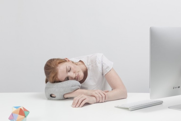 ostrich-pillow-mini