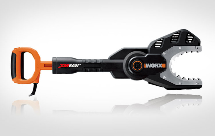 the-worx-jawsaw-is-your-own-personal-jaws-of-life-7093