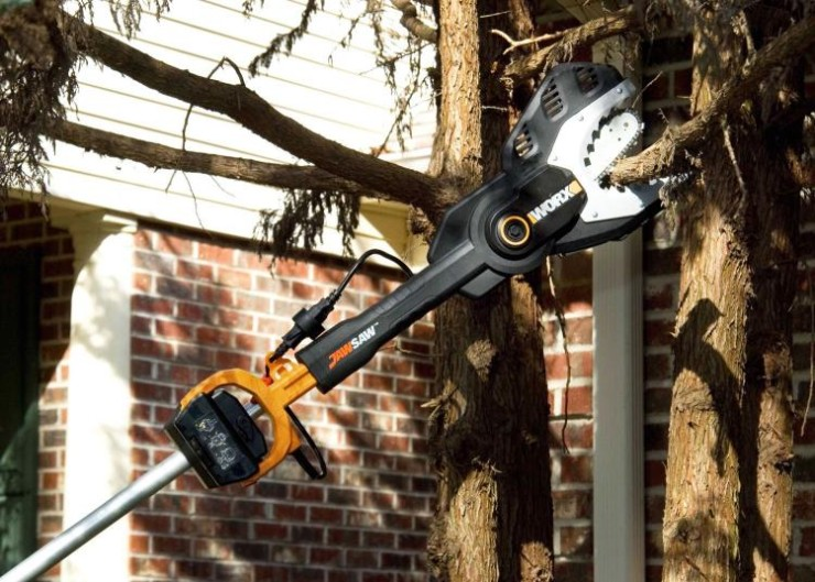 the-worx-jawsaw-is-your-own-personal-jaws-of-life-7316