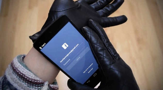 Touchpoint-2.0-Smart-Leather-Gloves-by-August-Brand-image-1-672x372