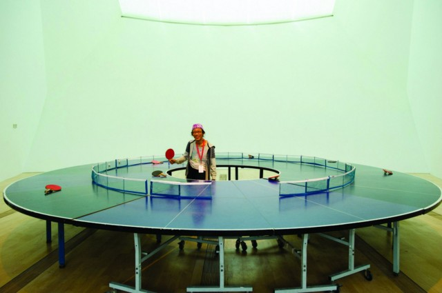 Round-Ping-Pong-Table_2-640x425