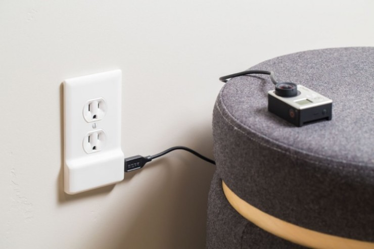 snappower-charger-usb-wall-outlet