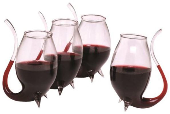 wine-glass-with-straw-2