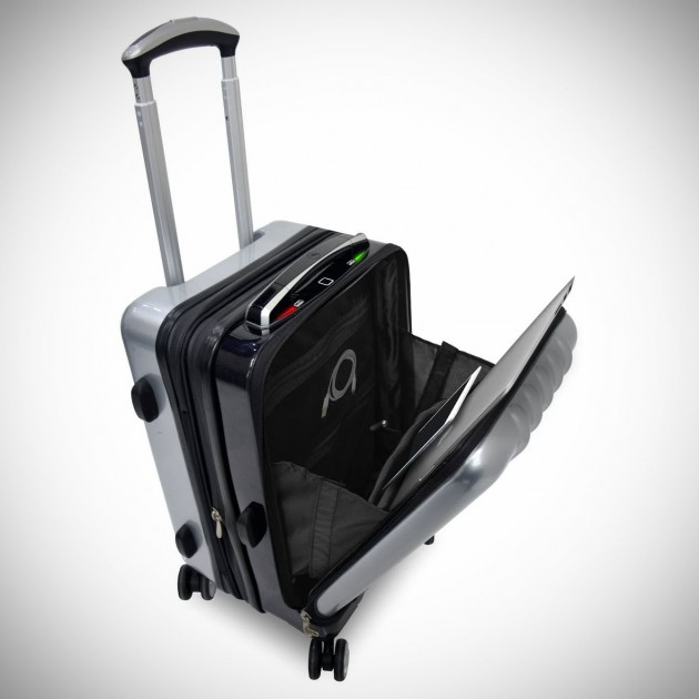 Space-Case-1-Smart-Suitcase-image-2-630x630