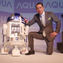 RC R2-D2 Fridge Actually Brings The Beers To You