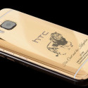 Gold-plated Smartphone Pays Tribute to Cecil the Lion