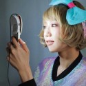 Kira Clip-On Ring Light Will Help You Capture Angelic Selfies