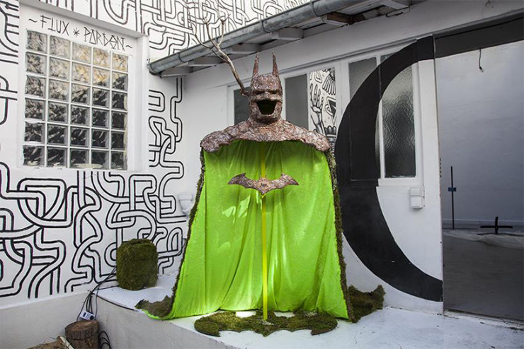 mr.-plant-batman-made-of-tree-bark-designboom-06