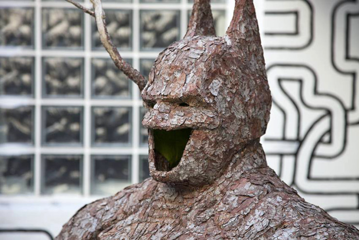 mr.-plant-batman-made-of-tree-bark-designboom-09