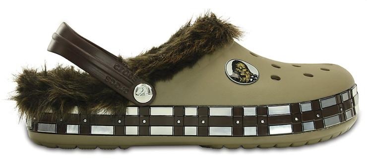 chewbacca-crocs-2