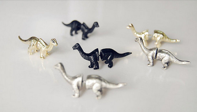dino-earrings-2