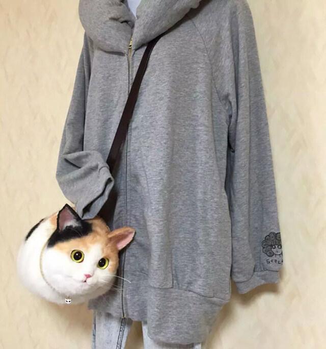realistic-cat-bags-3