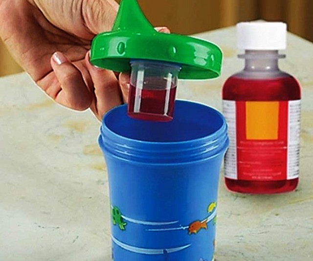 medecine-dispensing-sippy-cup-640x533
