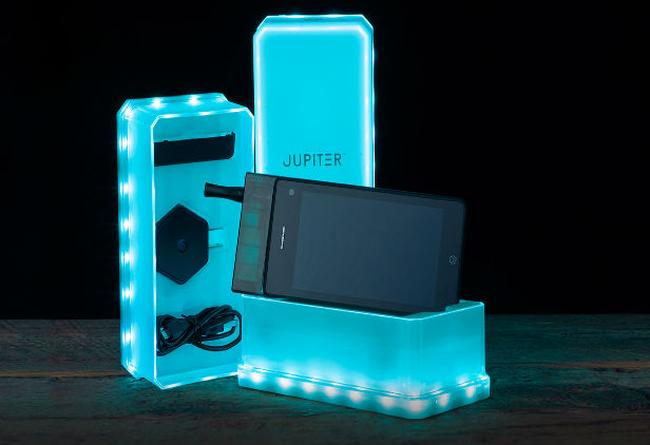 Jupiter-IO-3-smokable-phone-1