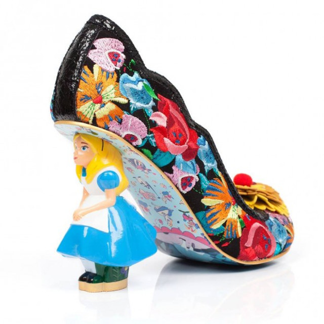alice-in-wonderland-shoes-1