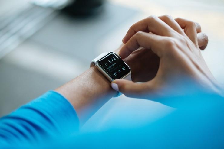 smartwatch-828786_960_720