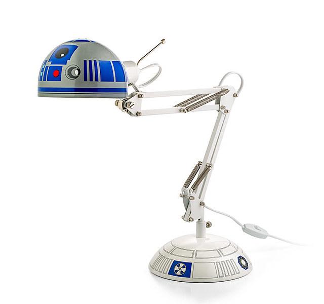 r2d2-desk-lamp-1