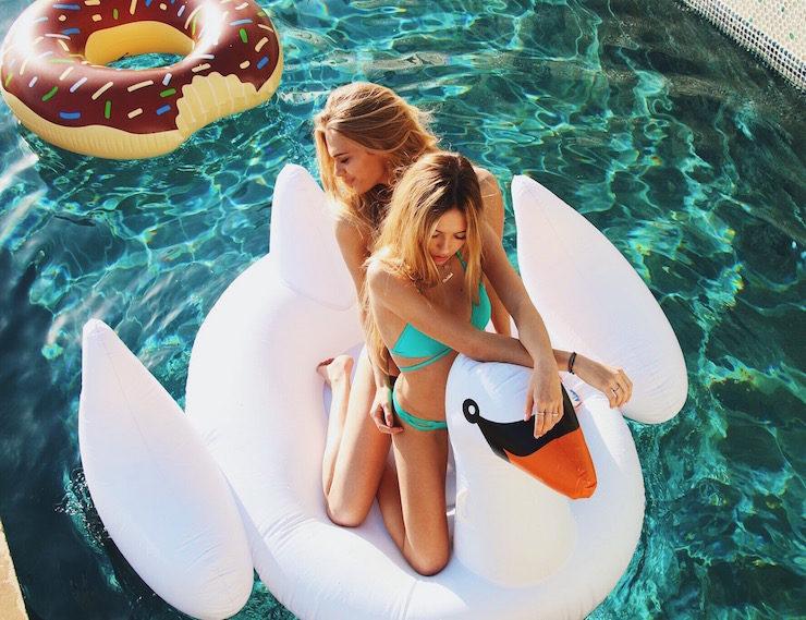 Inflatable-Luxury-Pool-Floaties-By-Floatie-Kings-01