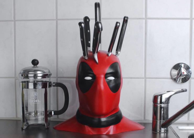 deadpool_knife_block_brittliv_1