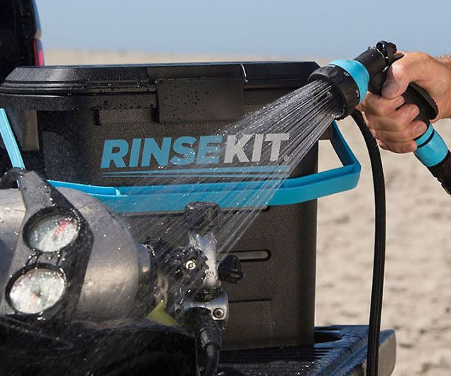 rinse-kit-pressurized-shower-640x533