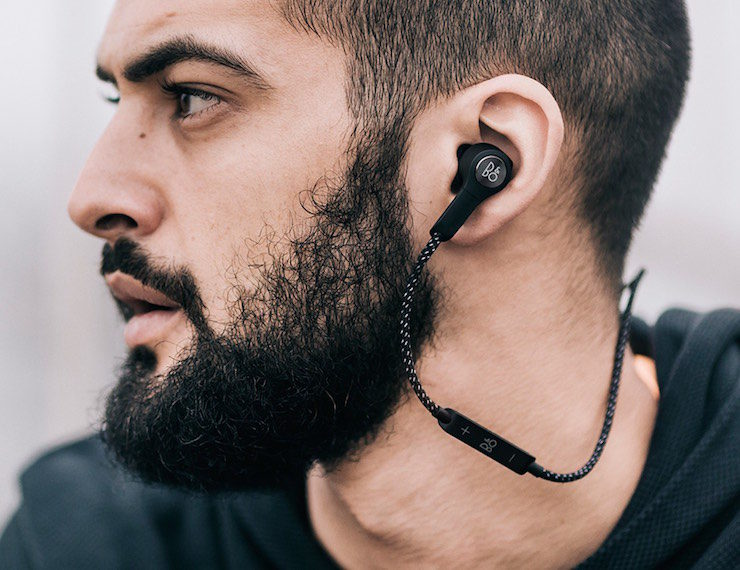 Beoplay-H5-Wireless-Earphones-01