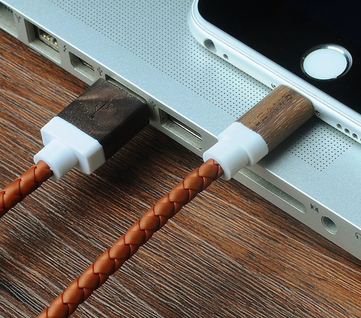 Wood-and-Leather-Apple-Lightning-Cable-01