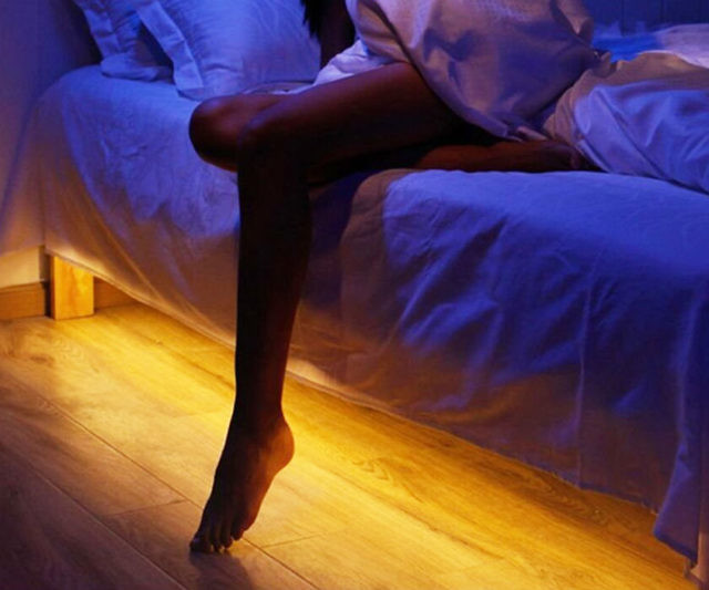 motion-activated-bed-light-640x533
