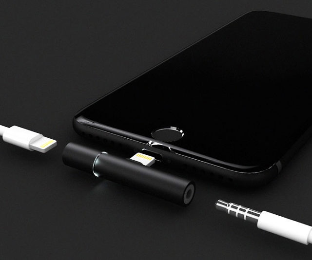 smartphone-audio-jack-charger-auxillite-640x534