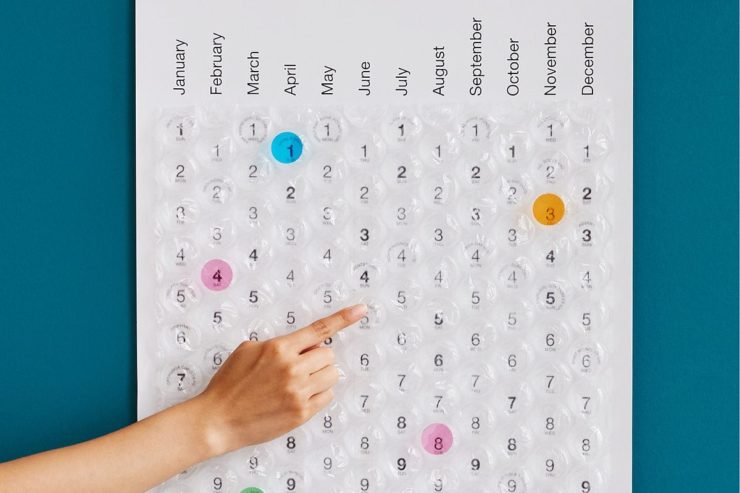 this 2018 bubble wrap calendar will make next year really pop